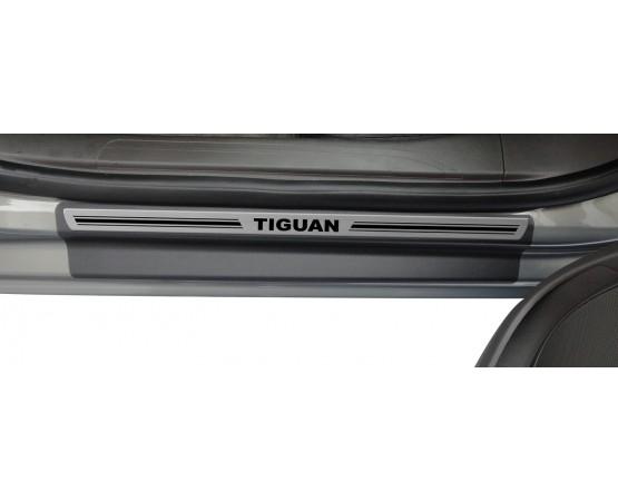 Soleira Premium Aço Escovado 4P Tiguan (NP Adesivos e Resinagem) por alfabetoauto.com.br