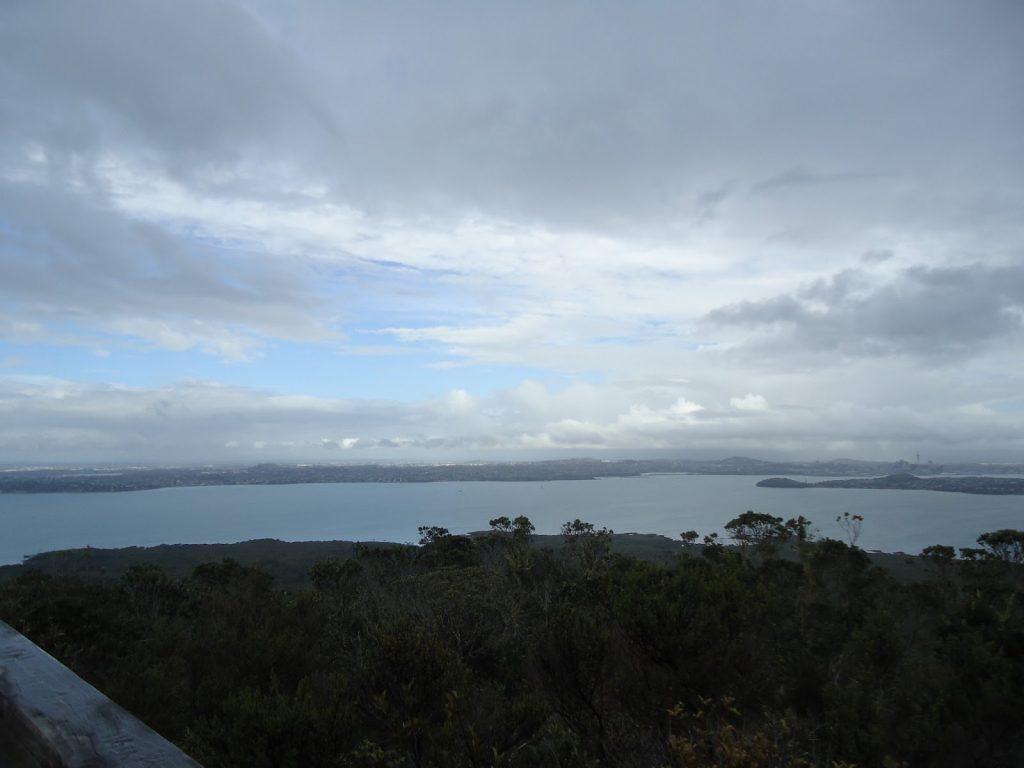 Escalando-o-vulcão-Rangitoto-na-chuva-2