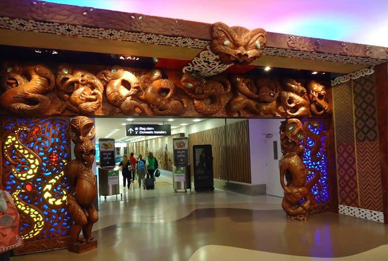 aeroporto-nova-zelandia-auckland-senhor-dos-aneis-maori