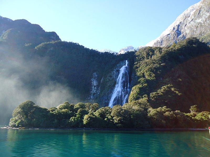 Milford Sound cachoeira