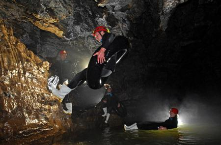 tumutumu-WAITOMO CAVES