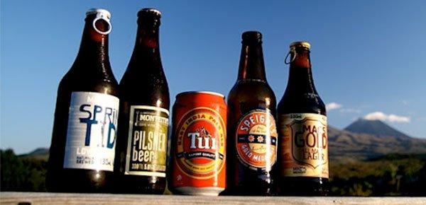 Costumes-bizarros-da-Nova-Zelândia-cervejas