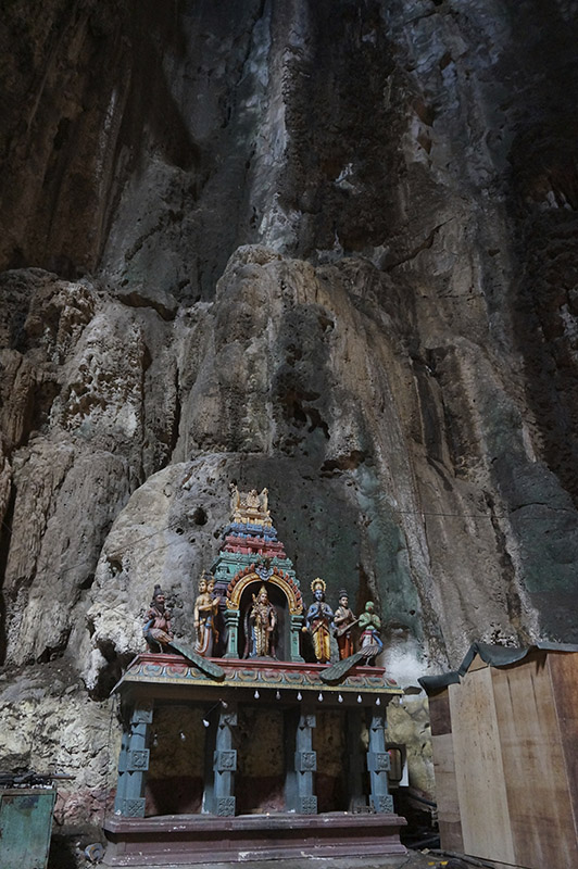 Atrações em Kuala Lumpur batu caves apure guria interior caverna