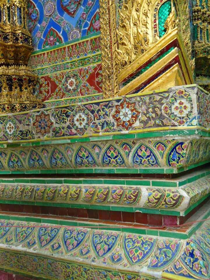 dicas-basicas-de-bangkok-grand-palace-azulejo