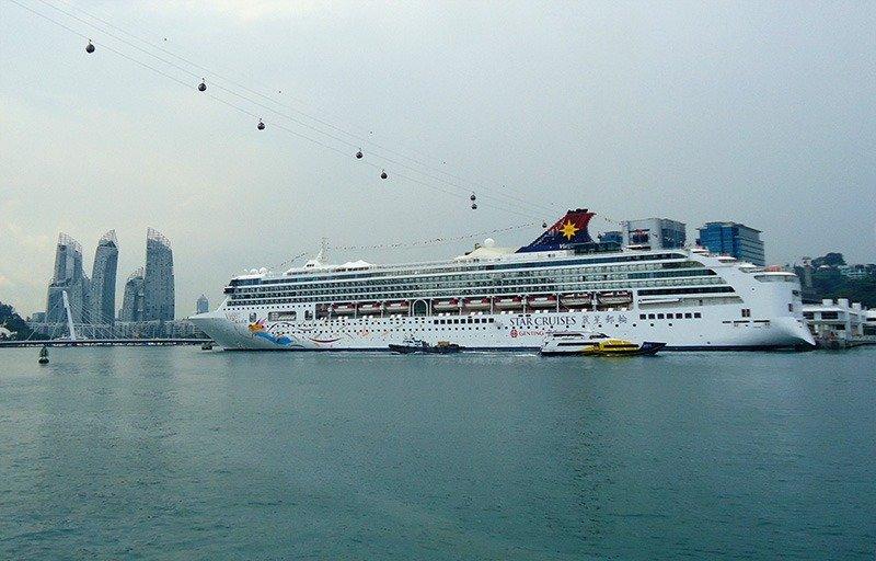 cruzeiro em sentosa island cingapura