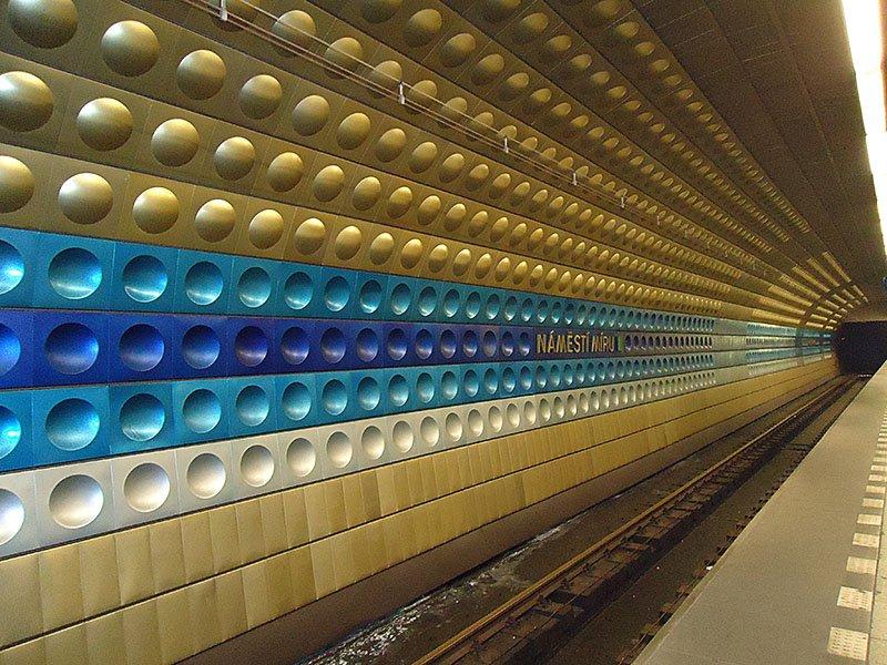 metro-namesti-miru-praga