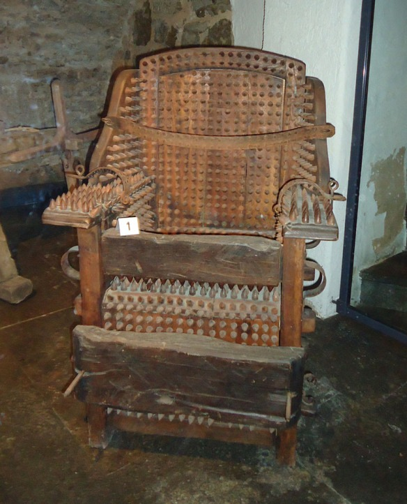 rothenburg-kriminalmuseum-chair