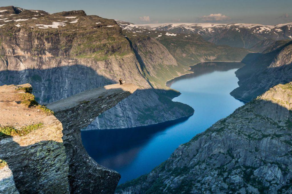 11 lugares que te fazem se sentir insignificante 4 trolltunga