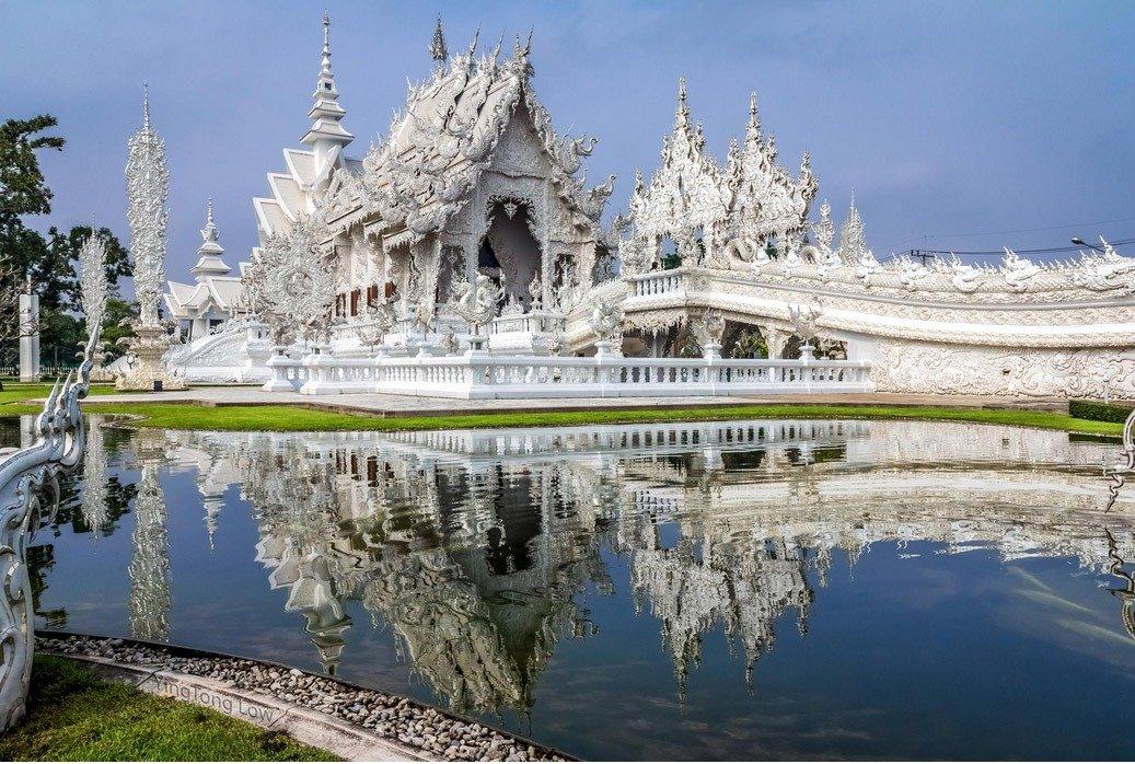 O majestoso tempo branco da Tailândia