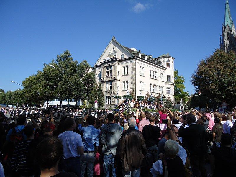 Tudo o que você precisa saber sobre a Oktoberfest desfile