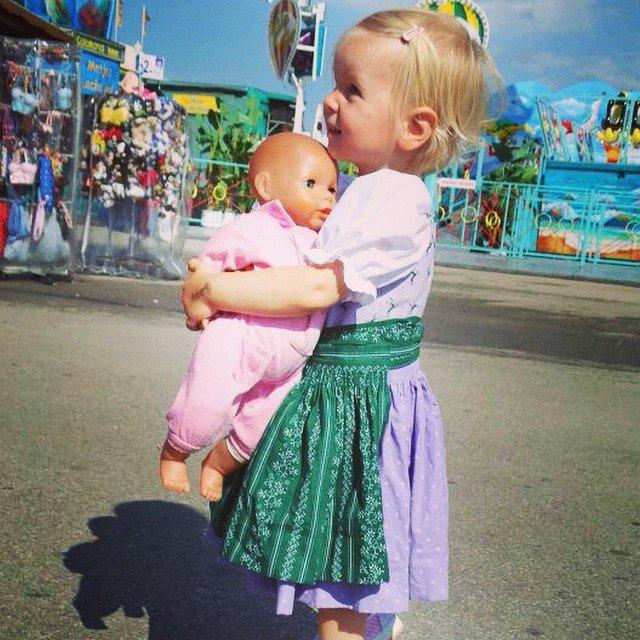 Tudo o que você precisa saber sobre a Oktoberfest menina