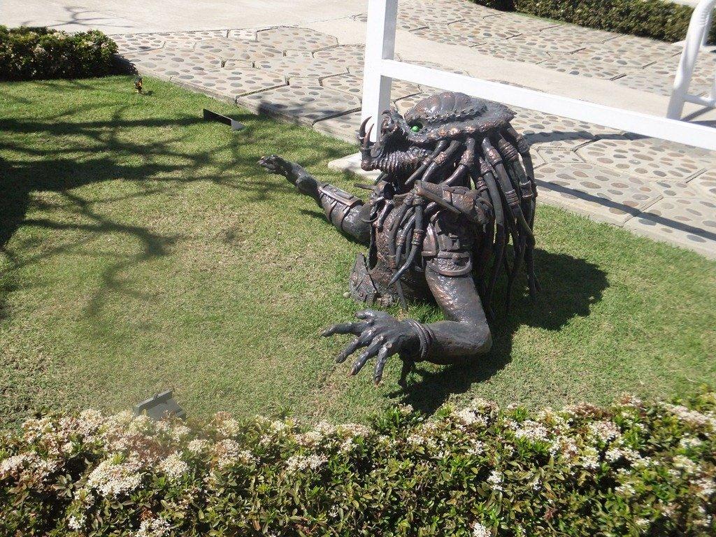 wat-rong-khun-predador