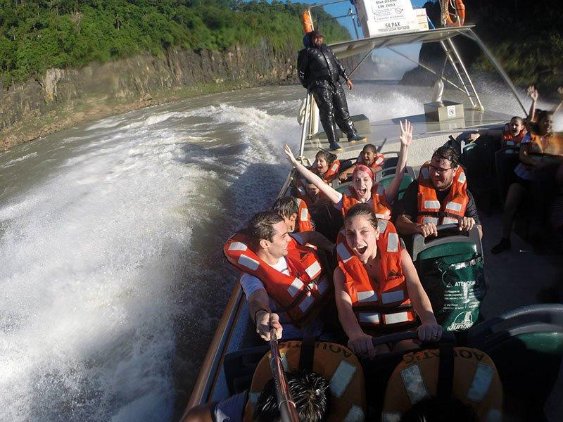 Mitando no Aventura Nautica iguazú nas Cataratas do Iguazú 2