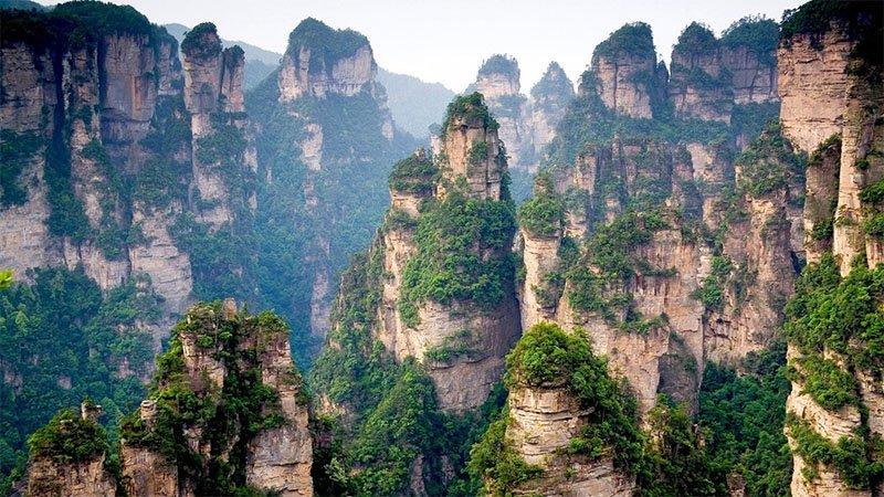 tianzi mountains china 20 lugares surreais que você não vai acreditar que existem