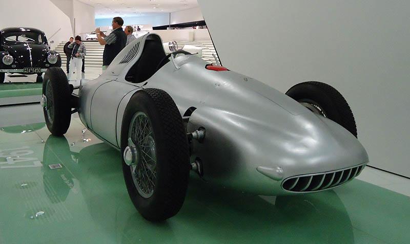 O museu da Porsche em Stuttgart (12)