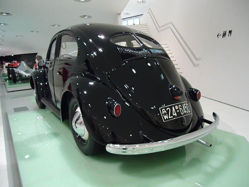 O museu da Porsche em Stuttgart (3)