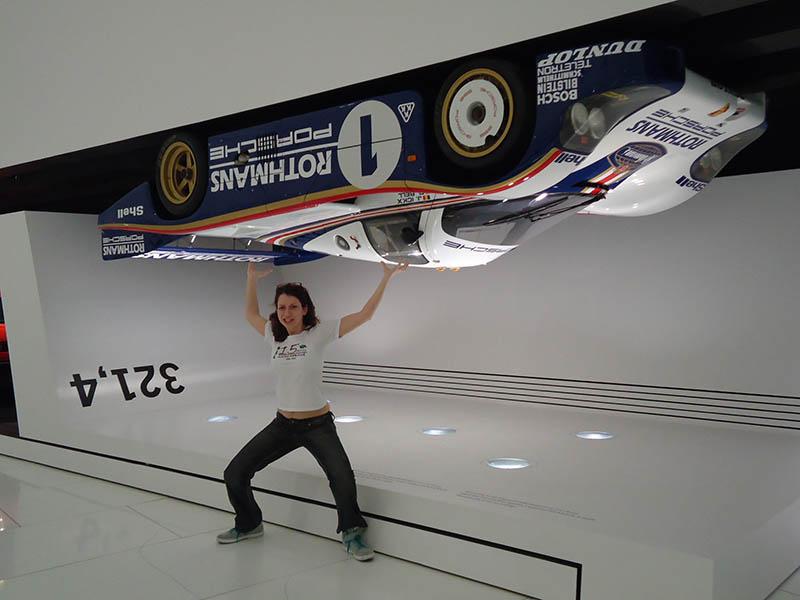 O museu da Porsche em Stuttgart (5)