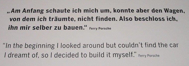 O museu da Porsche em Stuttgart frase
