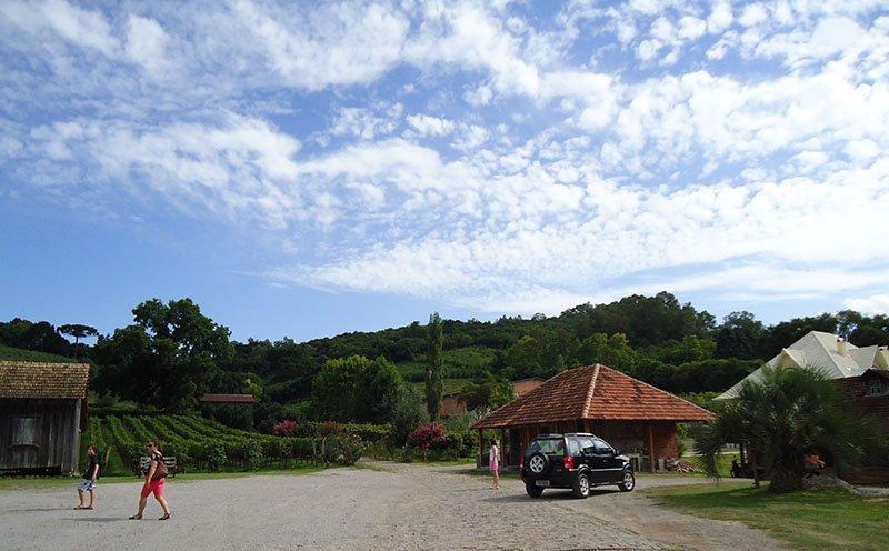 Rota Caminhos de Pedra em Bento Gonçalves cantina strapazzon