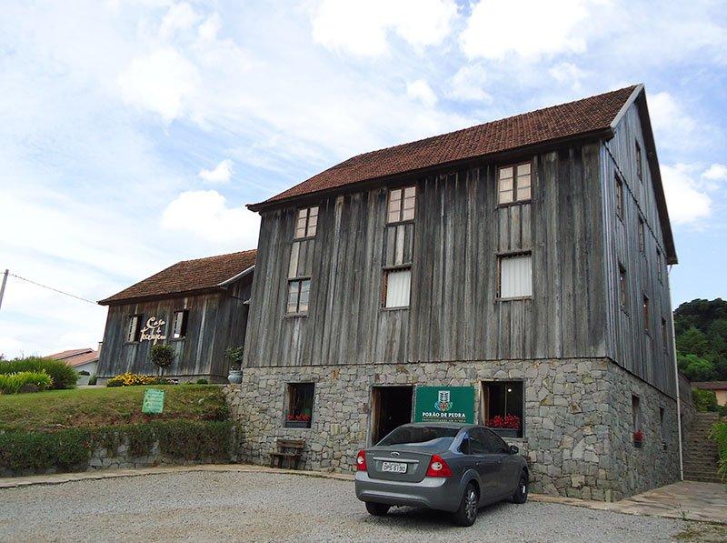Rota Caminhos de Pedra em Bento Gonçalves casa da tecelagem 2