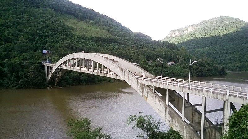 O Vale do Rio das Antas em Bento Gonçalves (2)