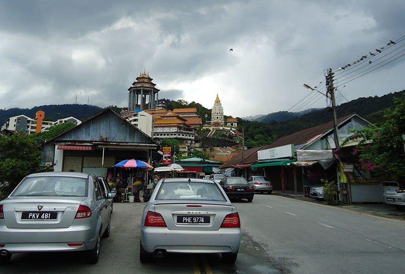O-fantástico-templo-Kek-Lok-Si-em-Penang-Malásia (1)