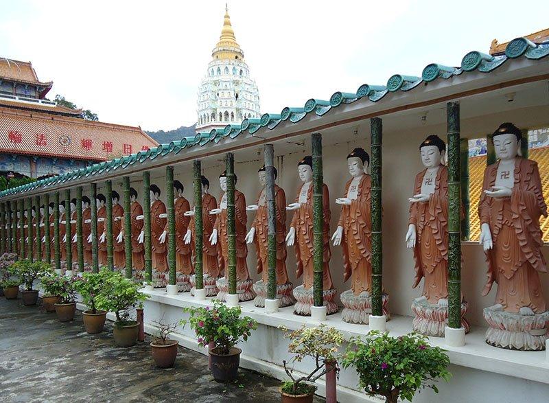 O-fantástico-templo-Kek-Lok-Si-em-Penang-Malásia (3)