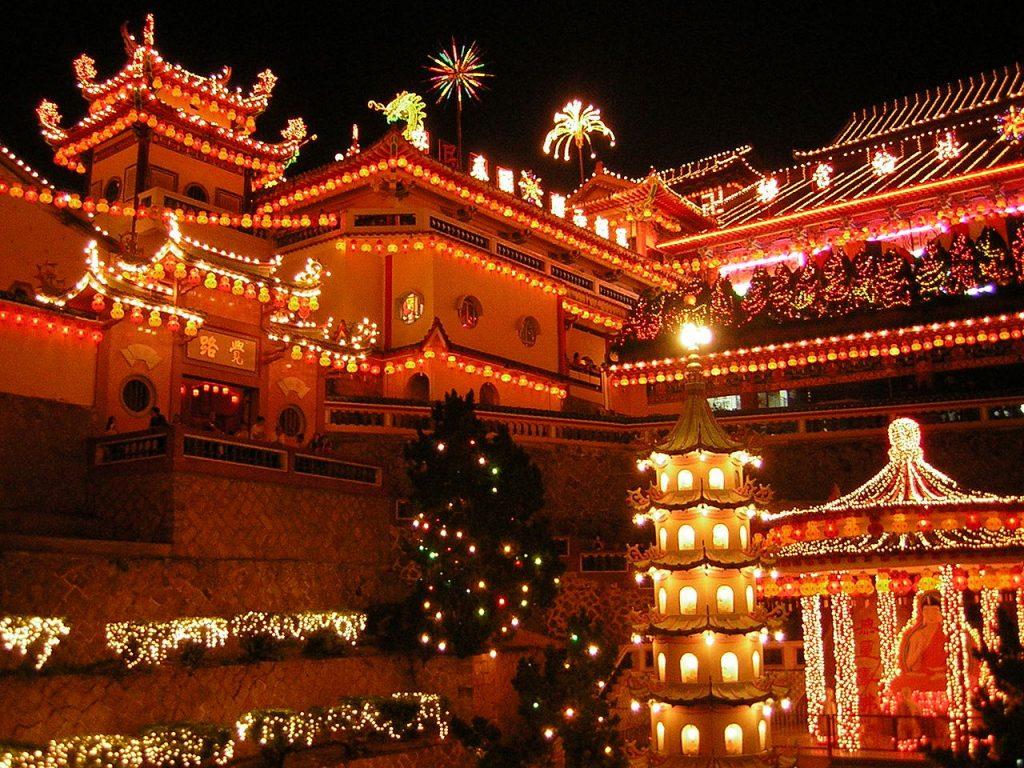 O-fantástico-templo-Kek-Lok-Si-em-Penang-Malásia ano novo chinês