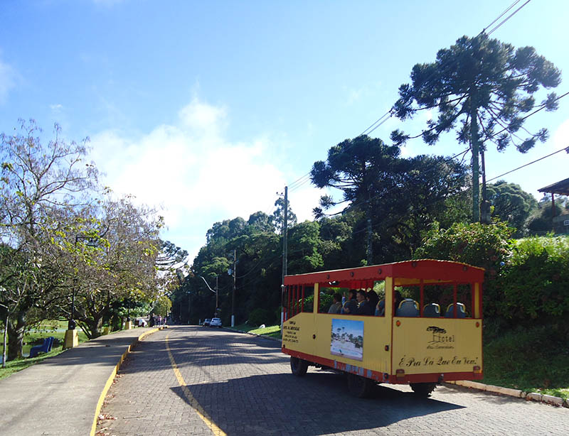 São-Francisco-de-Paula-e-Lago-São-Bernardo-bondinho