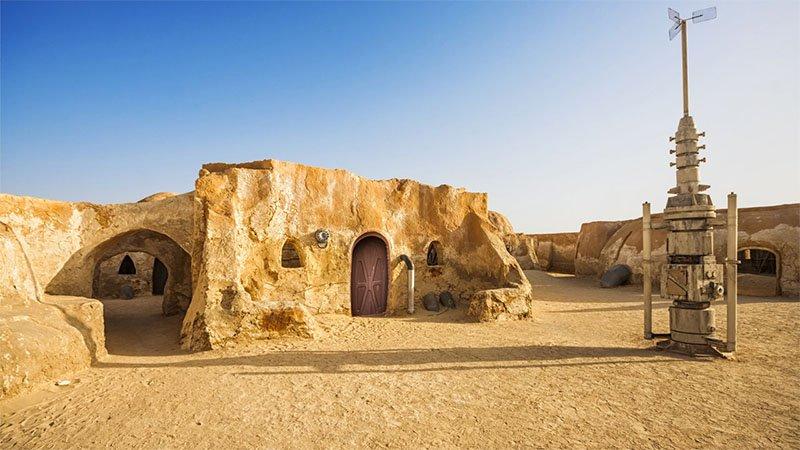 Mochilão Galático localizações dos sets de Star Wars Mos Espa, Tatooine Planet, Anakin's hometown 2