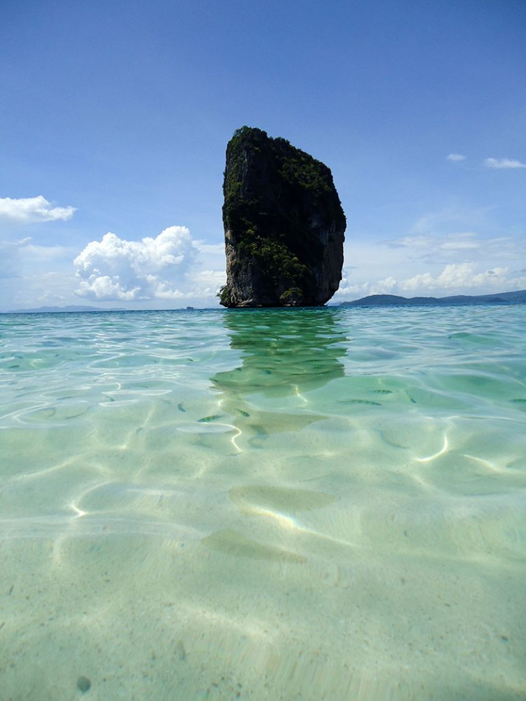 Tour 4 ilhas em Krabi na Tailândia poda island