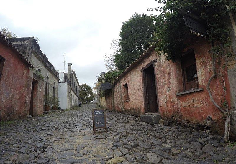 um dia Colonia del Sacramento o que fazer uruguai calle de los suspiros