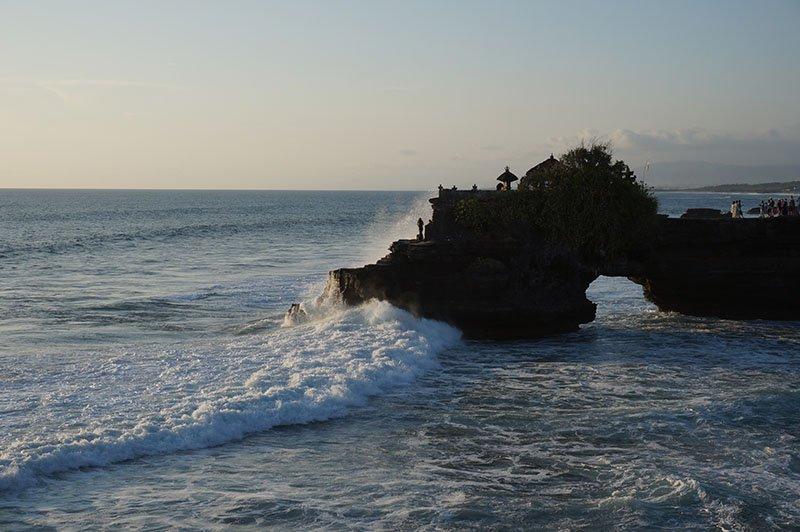 templos-bali-indonesia-apure-guria-tanah-lot