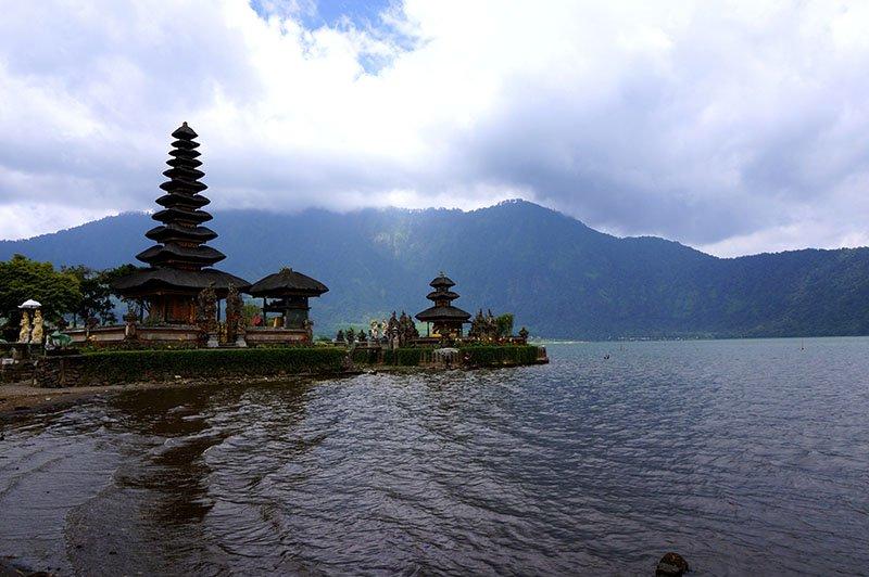 templos-bali-indonesia-apure-guria