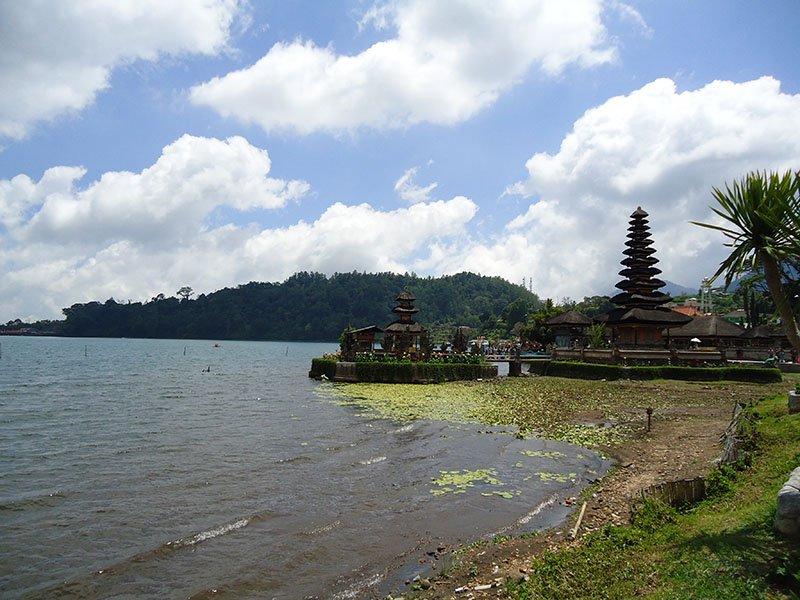 templos-bali-indonesia-bedugul