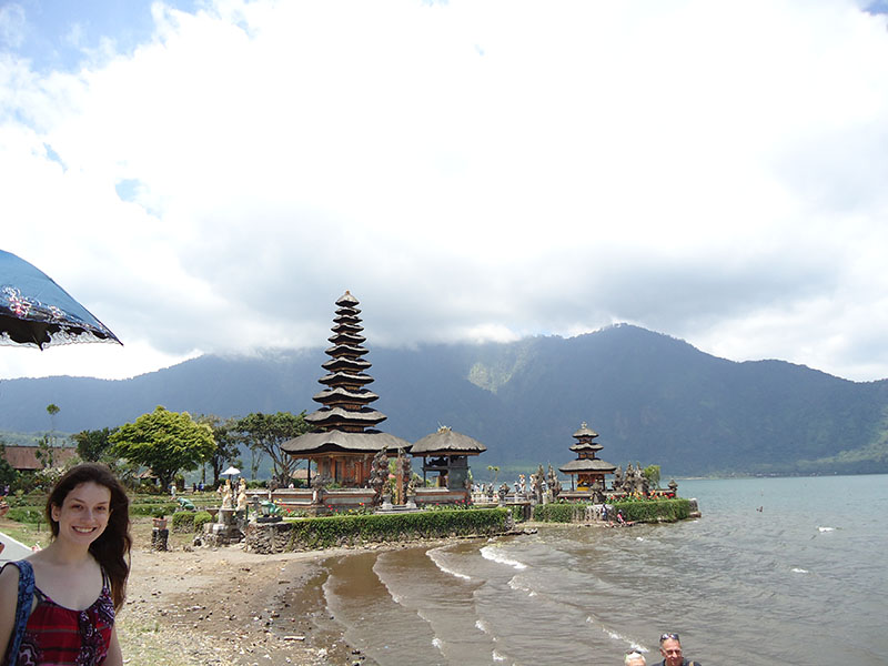 templos-em-bali-indonesia-ulun
