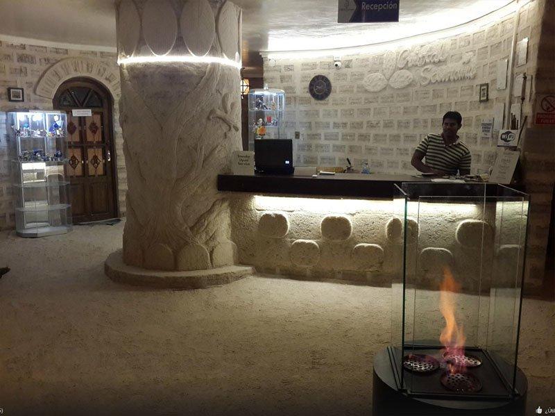 hotel-de-sal-cristal-samaña-bolivia