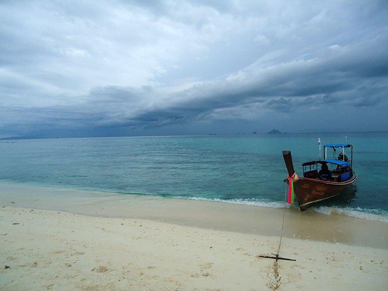 bamboo island Koh Phi Phi tour tailândia