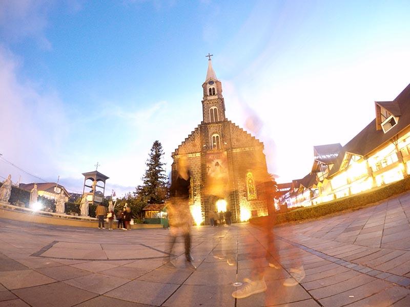 catedral de pedra em gramado espectros