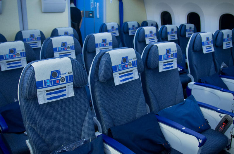 Por dentro do Avião Star Wars e aeroporto temático (6)