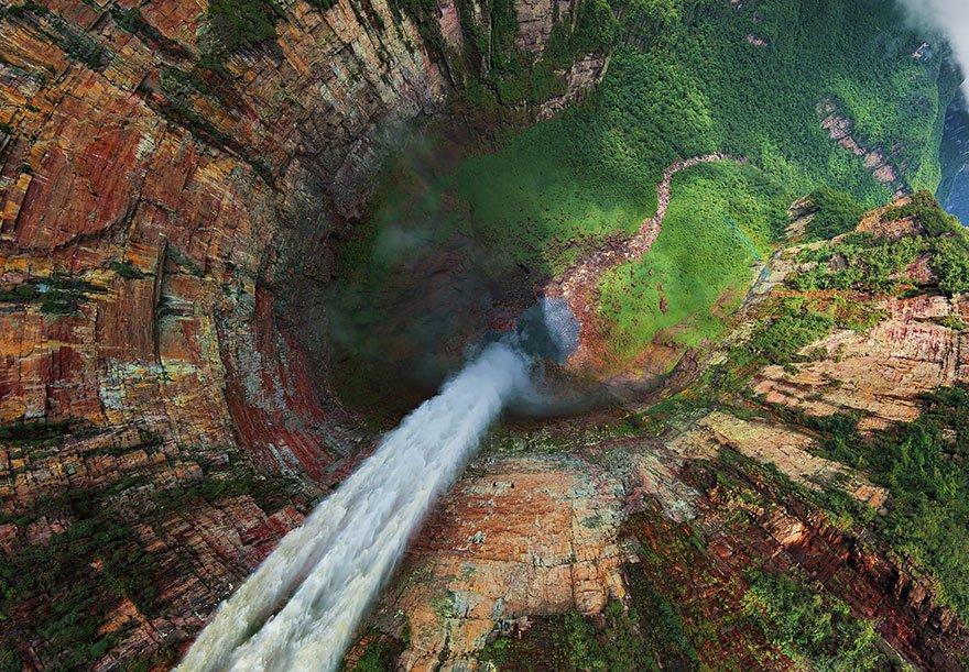 churun-meru-venezuela-30-lugares-incriveis-para-ver-do-ceu-2