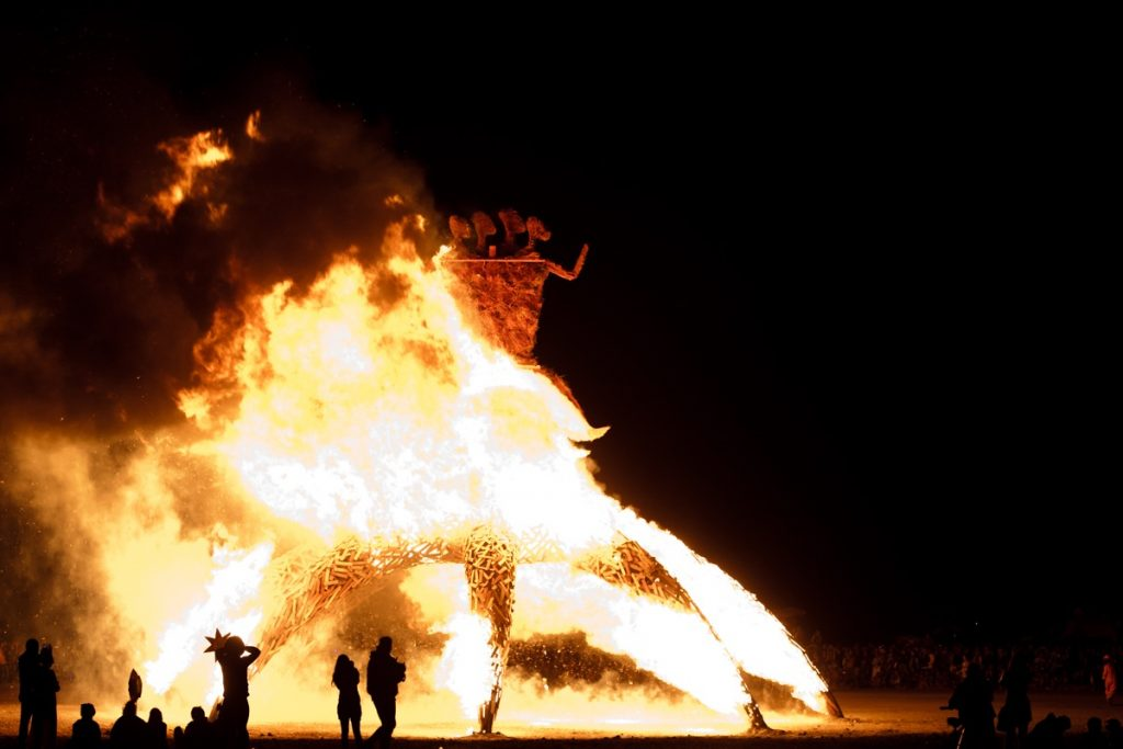 5 festivais alucinantes ao redor do mundo Afrika Burn Jonx (2)