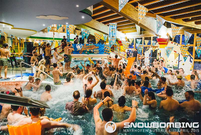 5 festivais alucinantes ao redor do mundo snowbombing piscina andrew whitton