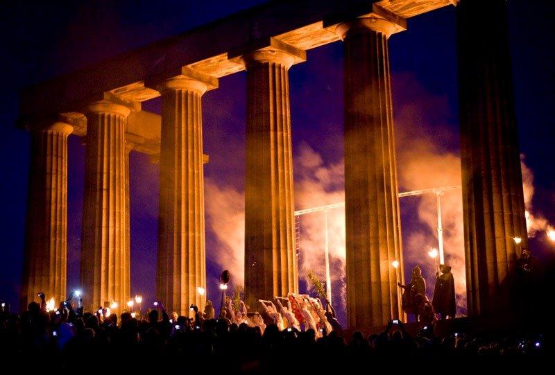 beltane fire escocia festivais alucinantes ao redor do mundo (2)