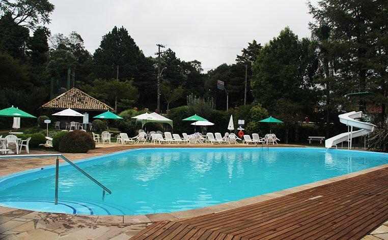 lindo hotel em gramado piscina