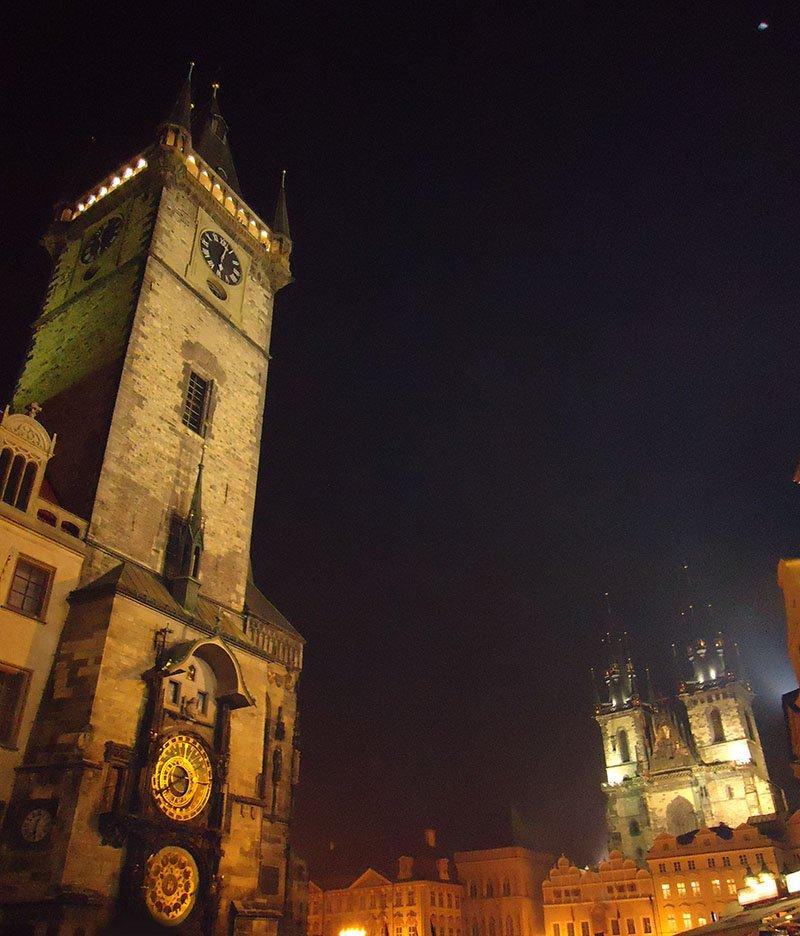 10 coisas para fazer de graça em Praga old town square