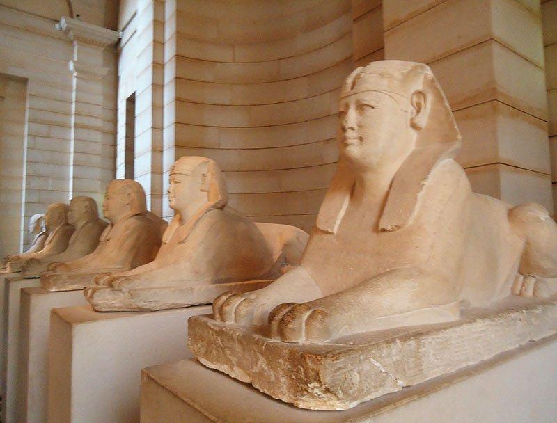 esfinges Antigo Egito no Museu do Louvre