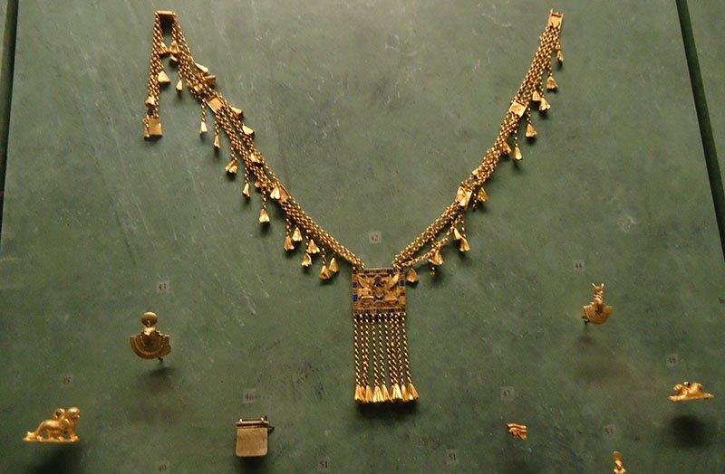 joias Antigo Egito no Museu do Louvre