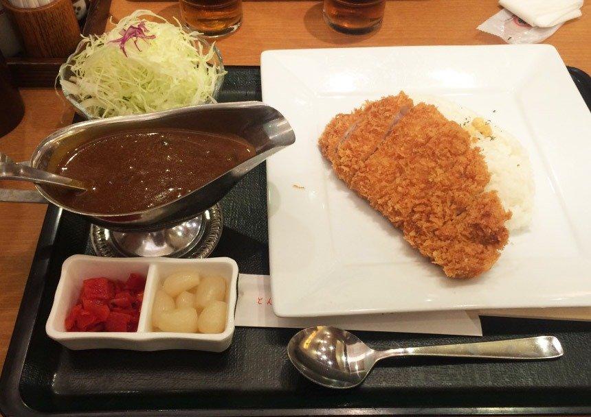 o que comer no japão tonkatsu karê mais elegante (menos fuleiro)