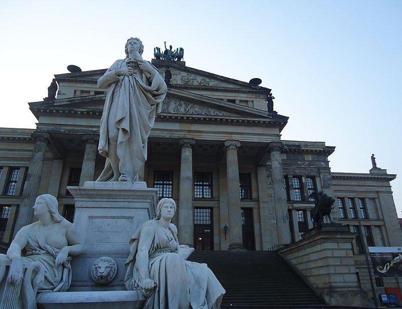10 lugares legaisgrátis em Berlim gendarmenmarkt